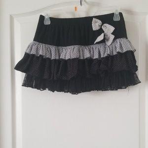 Black/gray/white ruffle super mini skirt
